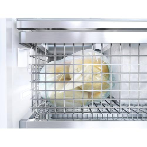 F 2812 Vi - MasterCool™ freezer For high-end design and technology on a large scale.