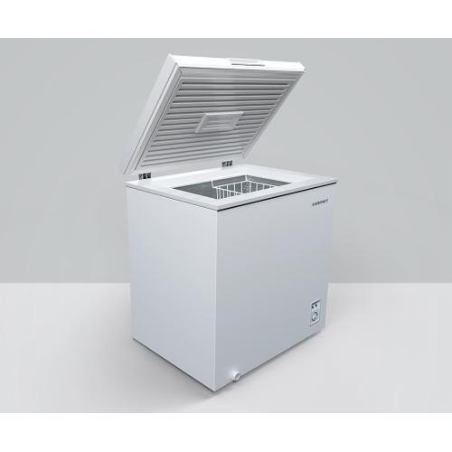 Element - Element 5 cu. ft. Chest Freezer, White