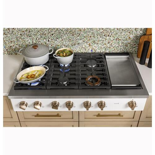 "Café 48"" Commercial-Style Gas Rangetop with 6 Burners and Griddle (Natural Gas)"