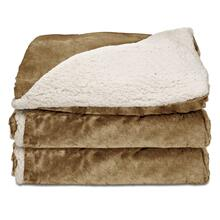 Sunbeam® Reversible Sherpa/Royalmink Heated Throw W/Clip-On Controller, Honey