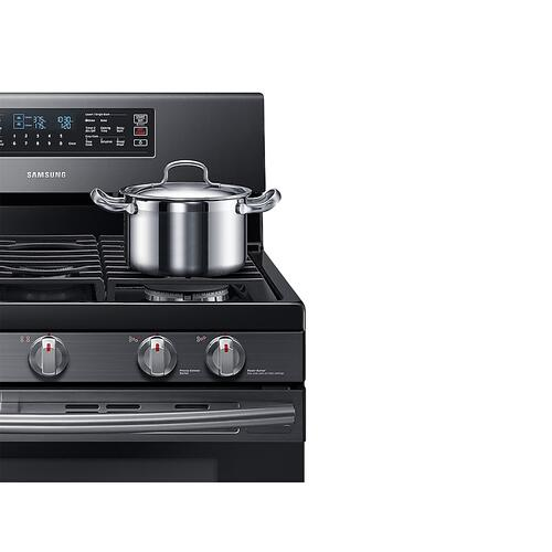 5.8 cu. ft. Freestanding Gas Range with Flex Duo™ & Dual Door in Black Stainless Steel