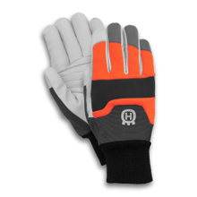 Functional Chainsaw Protection Gloves