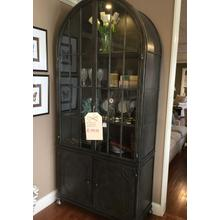 Arched top display cabinet
