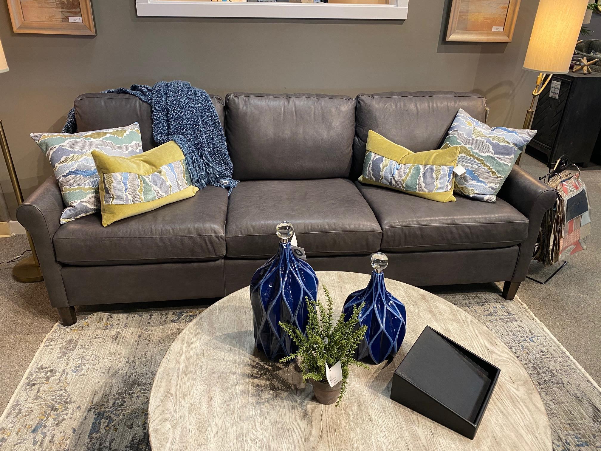 Bassett FurnitureWellington Leather Great Room Sofa