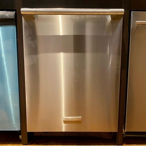 Electrolux Icon E24ID75SPS     24'' Built-In Dishwasher with Perfect Dry™ System