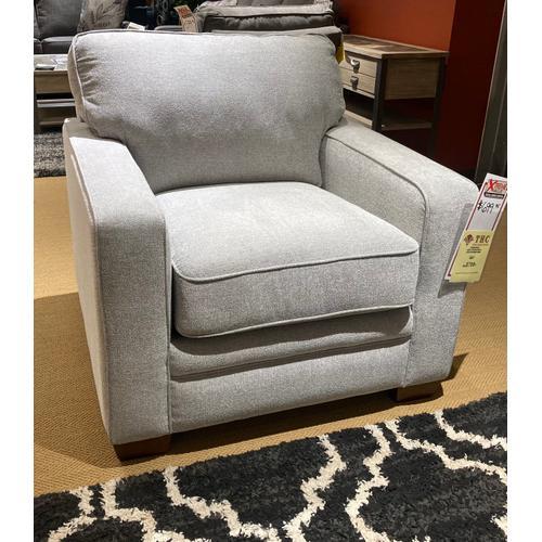 La-Z-Boy - Meyer Stationary Chair in Platinum         (230-694-C151651,28026)