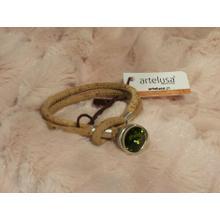 Beige bracelet with stone