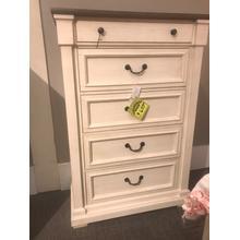 Bolanburg 5 drawer chest