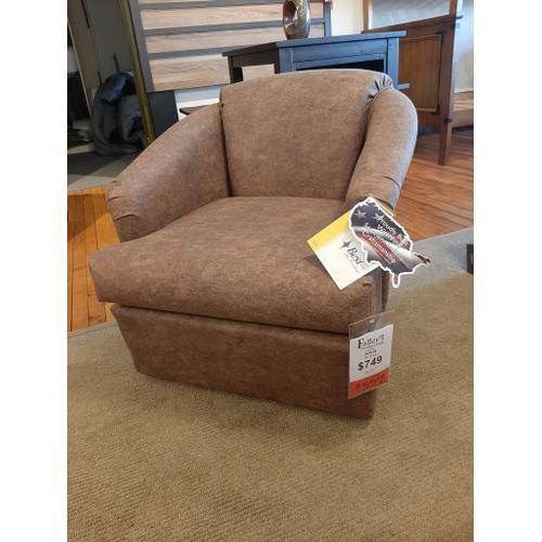 CLEARANCE Swivel Chair