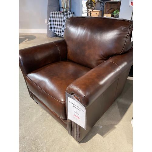 Futura - Pacific Chestnut Leather Chair