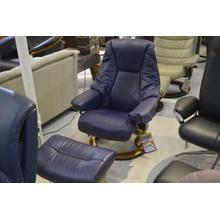 STRESSLESS LIVE SMALL ARM CHAIR, LEATHER, RECLINE, SWIVEL, ERGONOMICALLY CORRECT, W/OTTOMAN.