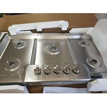 """See Details - Bosch Benchmark Series 36"""" Gas Cooktop NGMP656UC (FLOOR MODEL)"""