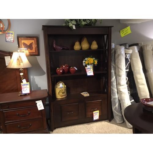 Kountry Knob - Custom Bookcase in Solid Maple
