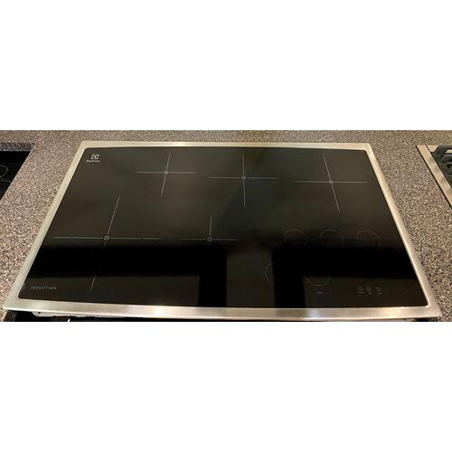 Electrolux - Electrolux EW36IC60LS   36'' Induction Cooktop     (1) Year parts & Labor Manufacturer's Warranty.