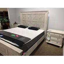 Heartland Panel Bed - Available in King and Queen