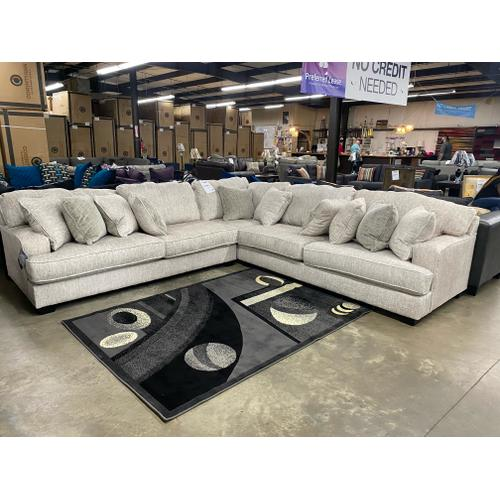Gallery - Rawcliffe 3 Pc. Sectional
