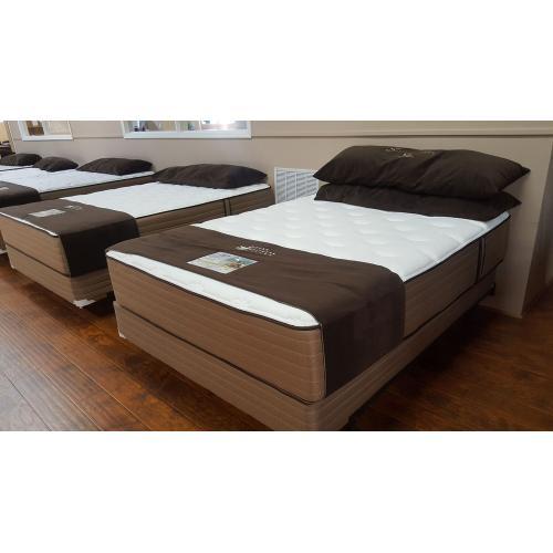 Noah's - 4400 - Cashmere Queen Pillow Top