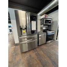***ANKENY LOCATION** 23 cu. ft. Smart wi-fi Enabled InstaView™ Door-in-Door® Counter-Depth Refrigerator with Craft Ice™ Maker NEW OPEN BOX ITEM