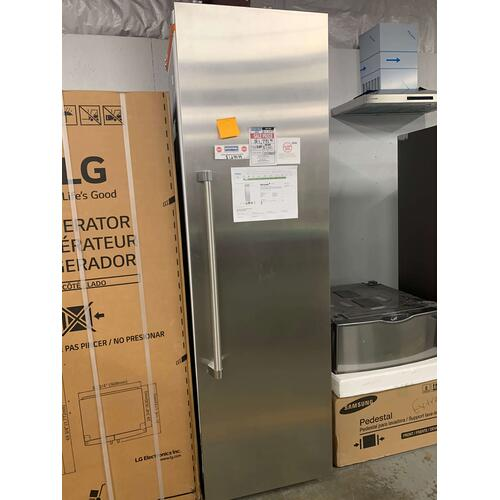 24 Inch Built-In Full Refrigerator Column with 13.1 cu. ft. **OPEN BOX ITEM** Ankeny Location
