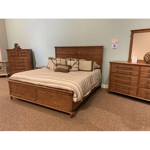 Farmhouse King Bedroom Set - Solid Wood, Bourbon Color
