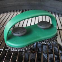 Dual Brush Grill and Pizza Scrubber