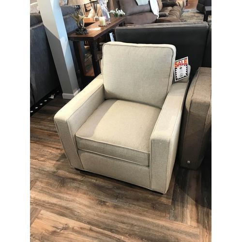 Short Seat Madison Chair