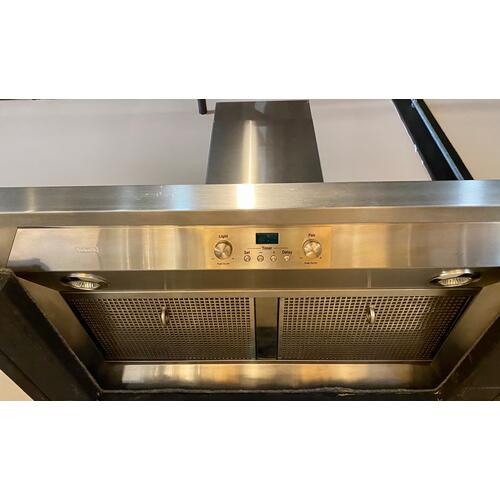 """Product Image - Viking DCWH3644SS    36"""" Wide Classic Chimney Wall Hood, Chrome Accessory Rail"""