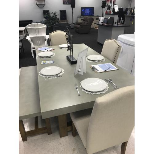 Previously Rented Dinette with Bench