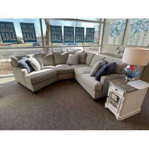 Craftmaster Furniture - C9 BARN41 SECTIONAL
