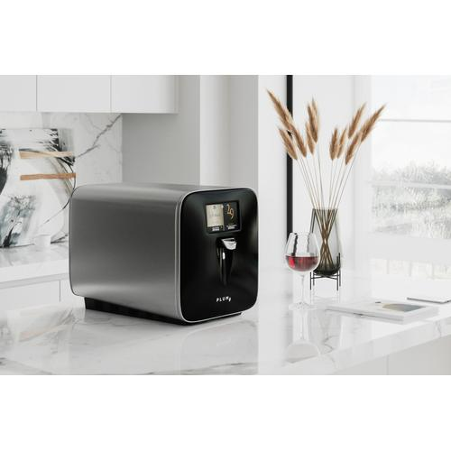 Plum the First Super-Automatic Wine Preserver and Dispenser