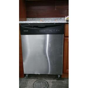 CLEARANCEDISHWASHER