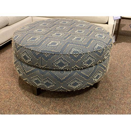 Craftmaster Furniture - Round Ottoman