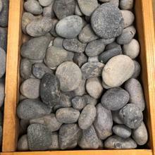 Mexican Beach Pebbles Black Small