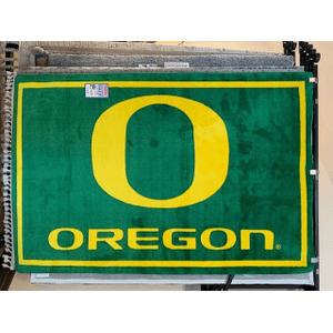 "University of Oregon 5"" x 8"" rug"