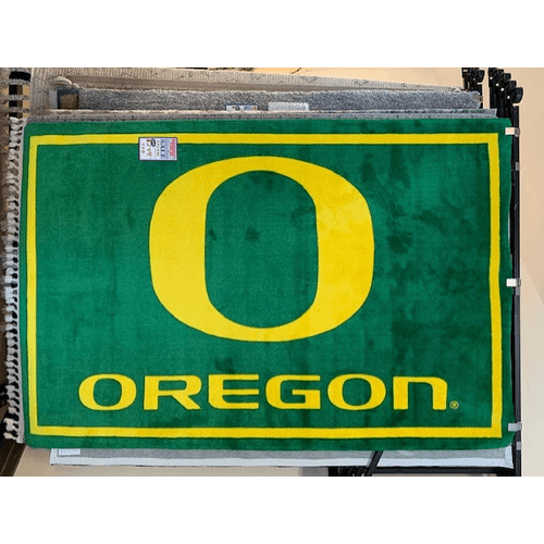 """Dalyn Rug Company - University of Oregon 5"""" x 8"""" rug"""