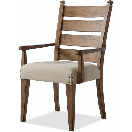 Trisha Yearwood Round Table & 4 Chairs