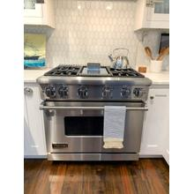 **30% OFF DISPLAY** Viking 7 Series 36 Inch Gas Freestanding Range, 4 Burners, Chrome Griddle