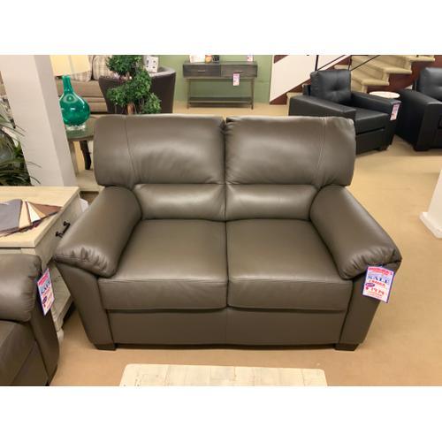 Cedar Heights Sofa & Loveseat