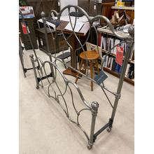 View Product - ID:191416 Queen size grey iron bed
