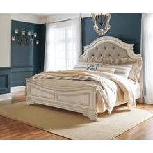 Realyn Chipped White Queen Bed Set