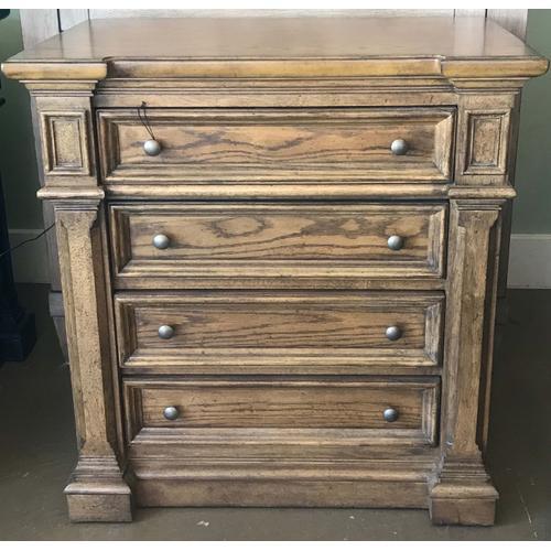 Broyhill Furniture - Brown 4 drawer Dresser