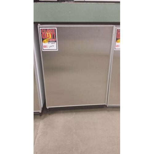 4.6' CU FT UNDER COUNTER REFRIGERATOR (LEFT HAND SWING) PANEL READY