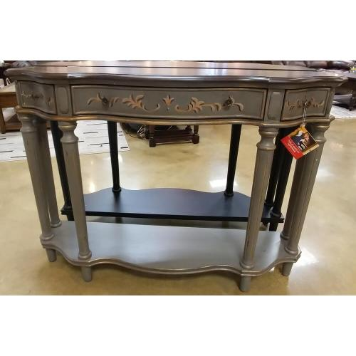 30489  Console - 3 Drawer