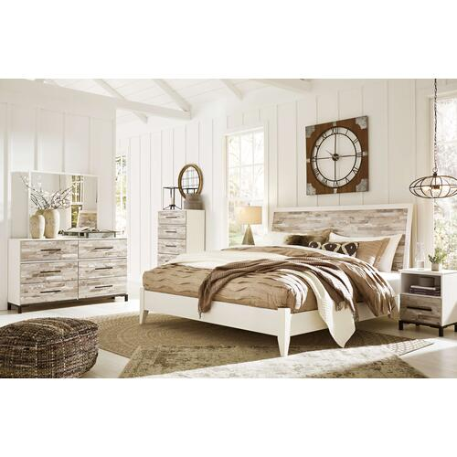 Evanni - Queen Panel Bed, Dresser, Mirror, 1 X Nightstand