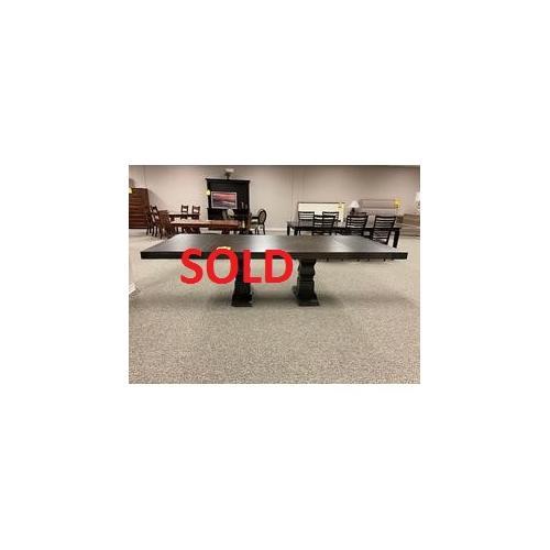 Amish Craftsman - 48x72 Table