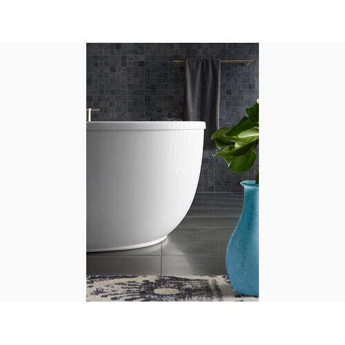"""Biscuit 60"""" X 34"""" Oval Freestanding Bath With Fluted Shroud and Center Drain"""