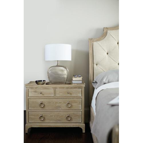 Bernhardt - Rustic Patina Bachelor's Chest in Sand (387)