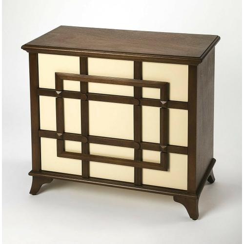 Chests aren't just for keeping your wardrobe tucked away ™ they also add style to your master suite, a spot to stage a display that's all your own, or even work double-time as a vanity when paired with a mirror. Take this one for example: Founded atop f
