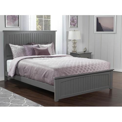 Nantucket Queen Bed with Matching Foot Board in Atlantic Grey