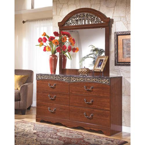 Fairbrooks Estate  Bedroom Set (Queen)